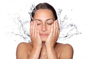 Skin Care Mistakes That Are Damaging Your Skin