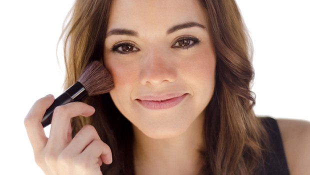 header_image_how-t0-get-naturally-looking-rosy-cheeks-fustany-beauty-makeup