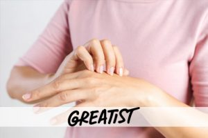 11 Ways to Revive Your Hands If They're Drier Than The Sahara